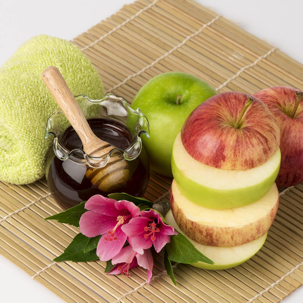 Simple Skin Flakiness Tips For Dry Skin - Everyuth Naturals