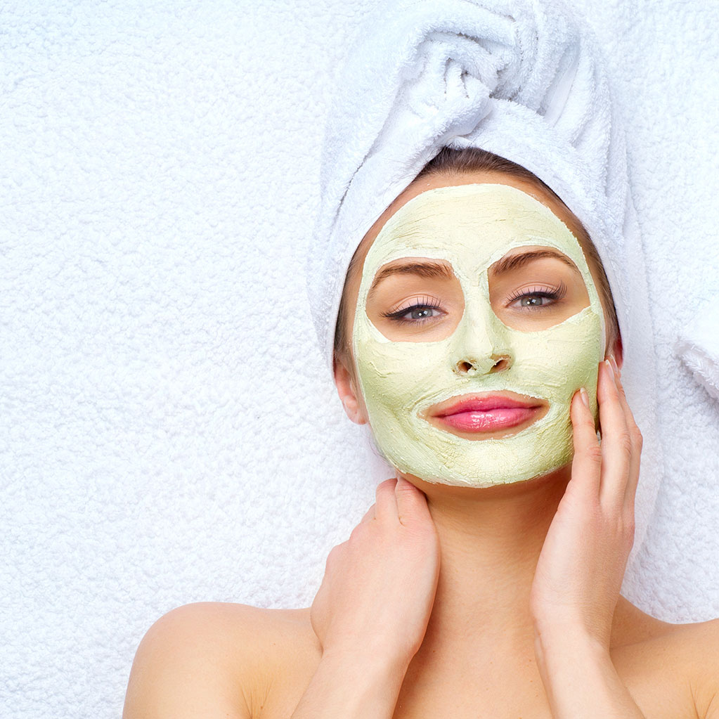 Try This Magical Neem Face Pack To Fight Dark Spots
