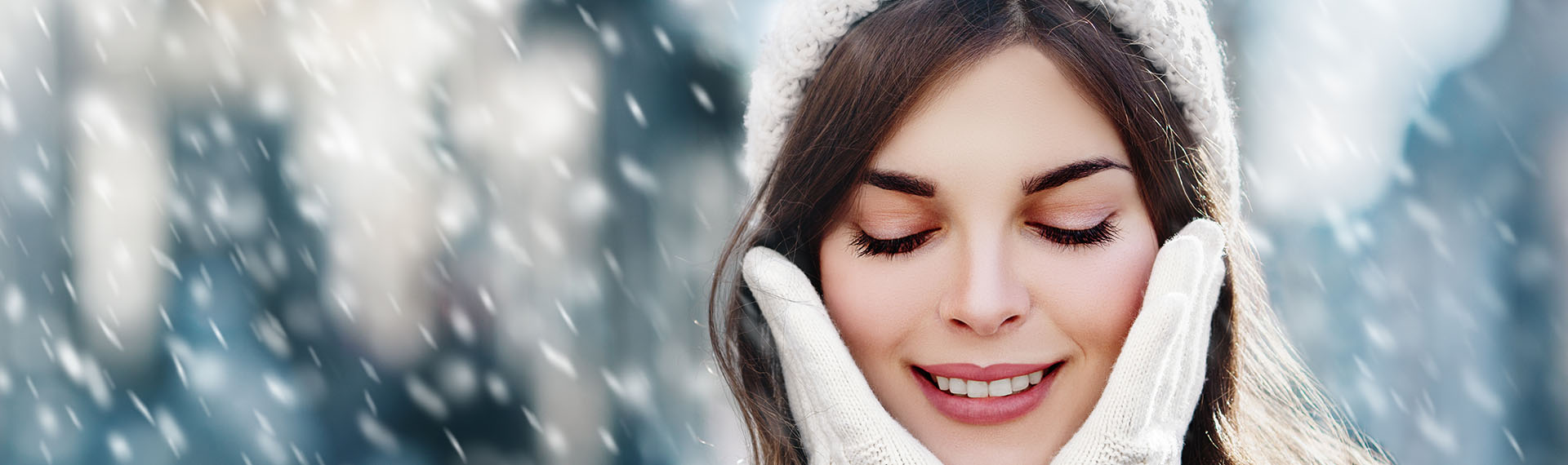 10 Tips To Keep Your Skin Soft And Glowing In Winter