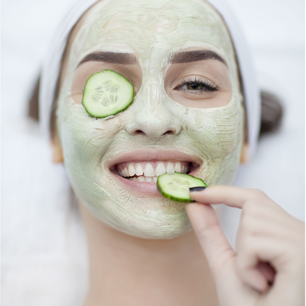 10 Effective Home Remedies To Rejuvenate The Skin