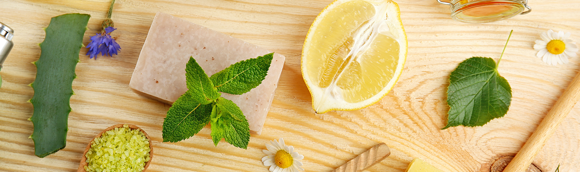 10 Easy Ways To Get Naturally Beautiful Skin