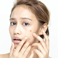 5 Warning Signs That Suggest It Is Time To Change Your Skincare Routine