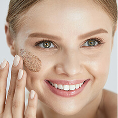 7 Benefits Of Exfoliation We Bet You Didn't Know